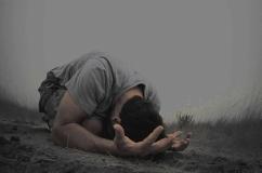 kneeling in worship